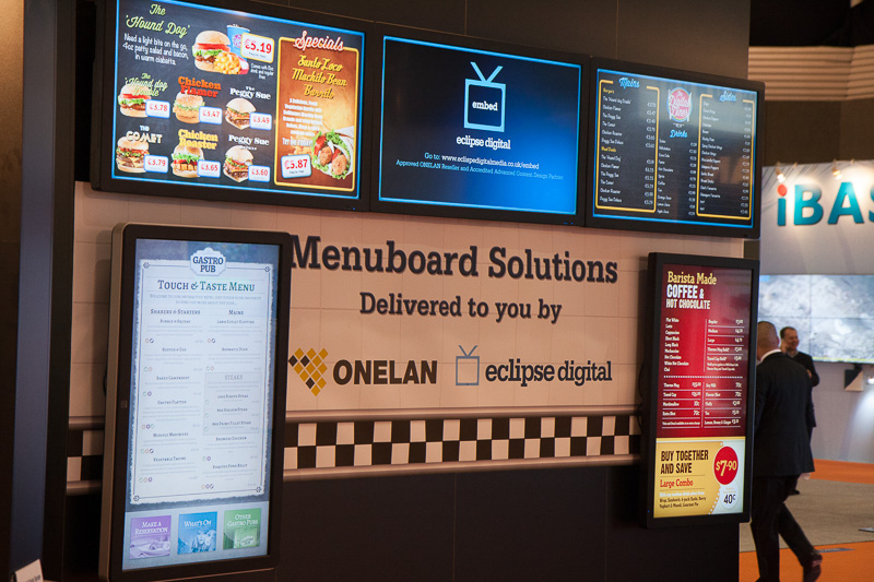 how can your restaurant use digital signage to attract. Black Bedroom Furniture Sets. Home Design Ideas